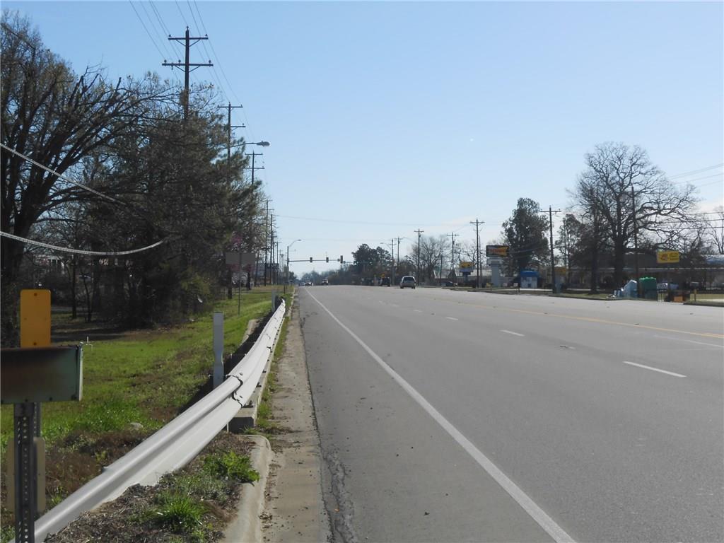 Active   6425 Lamar Road Reno, Texas 75462 6