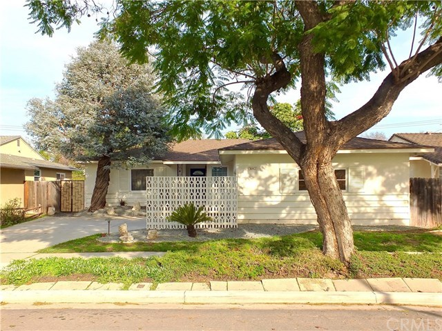 Closed   842 Lees Avenue Long Beach, CA 90815 4