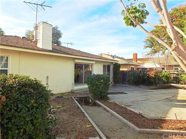 Closed   842 Lees Avenue Long Beach, CA 90815 33