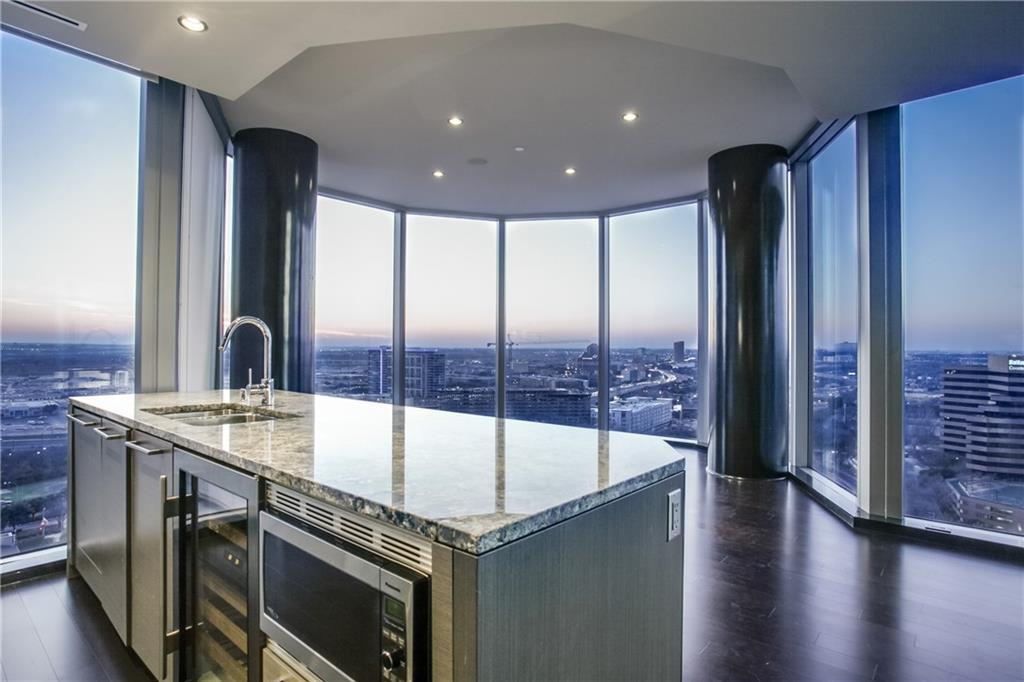 Leased | 2900 Mckinnon Street #1803 Dallas, Texas 75201 4