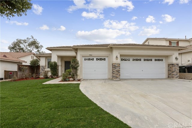Closed | 15061 Knollwood Street Lake Elsinore, CA 92530 2