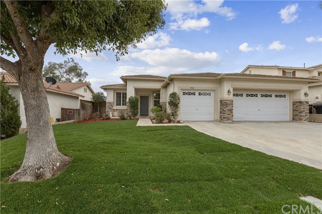 Closed | 15061 Knollwood Street Lake Elsinore, CA 92530 3