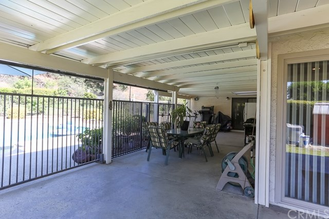 Closed   23749 Monument Canyon Drive Diamond Bar, CA 91765 44