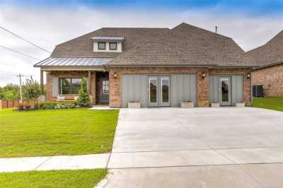 Off Market | 904 W 86th Place Tulsa, Oklahoma 74132 1