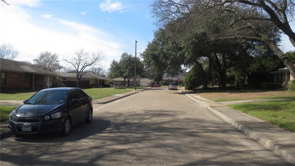 Sold Property | 928 Green Cove Lane Dallas, Texas 75232 10
