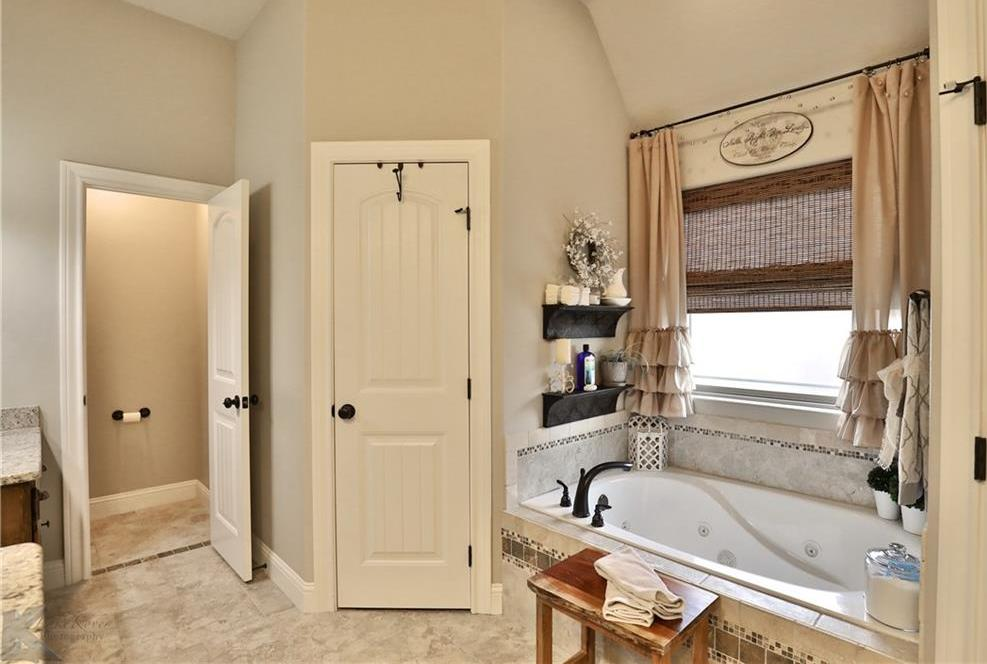 Sold Property | 3301 White Oaks Drive Abilene, Texas 79606 25
