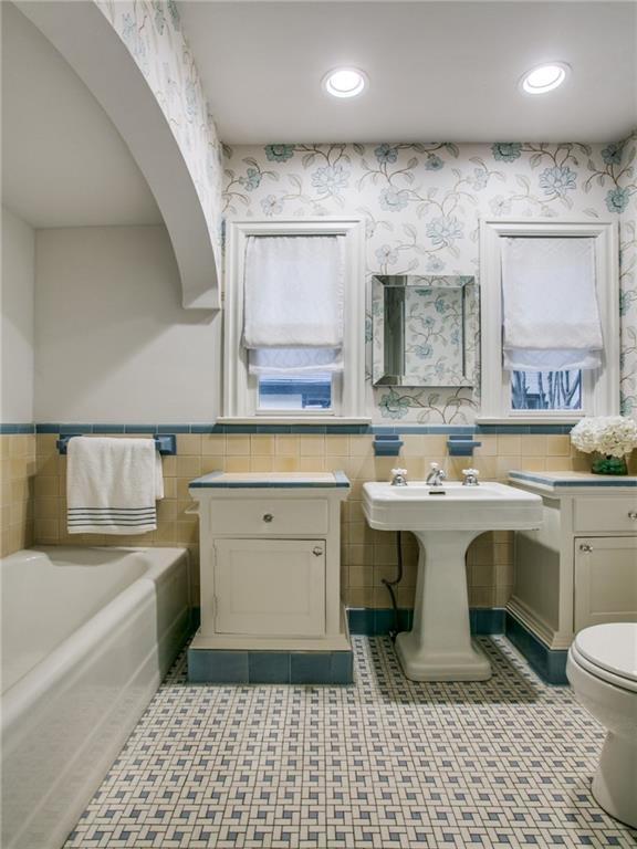 Sold Property | 6431 Velasco Avenue Dallas, Texas 75214 22