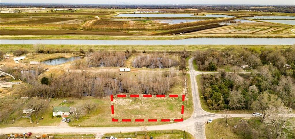 Sold Property | 201 Burns Drive Seagoville, Texas 75159 2
