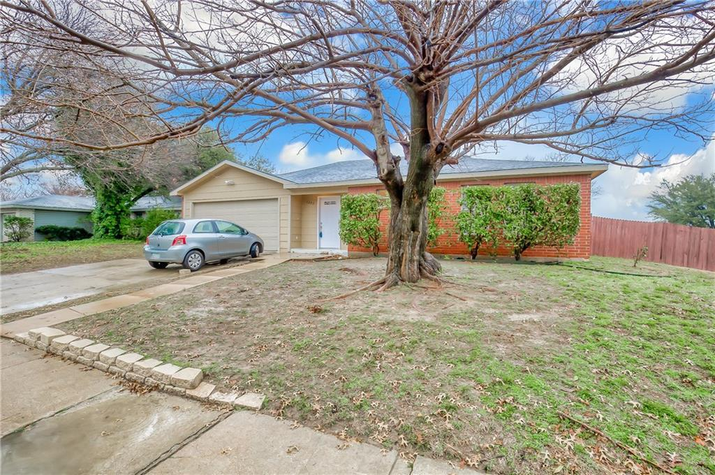 Sold Property | 1302 Willowbrook Street Lancaster, Texas 75134 2