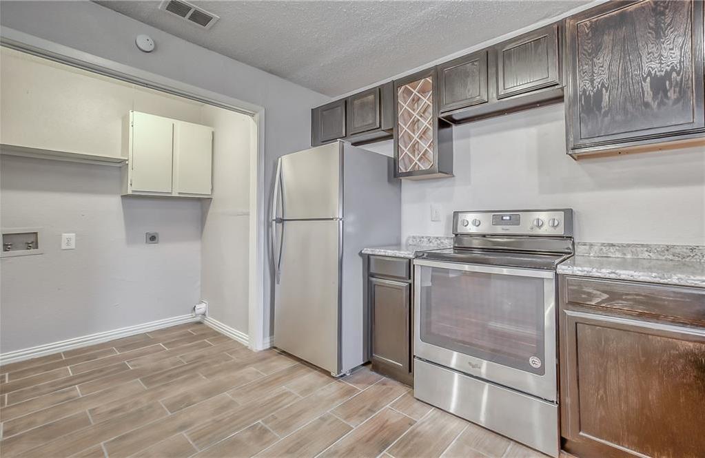 Sold Property | 1302 Willowbrook Street Lancaster, Texas 75134 11