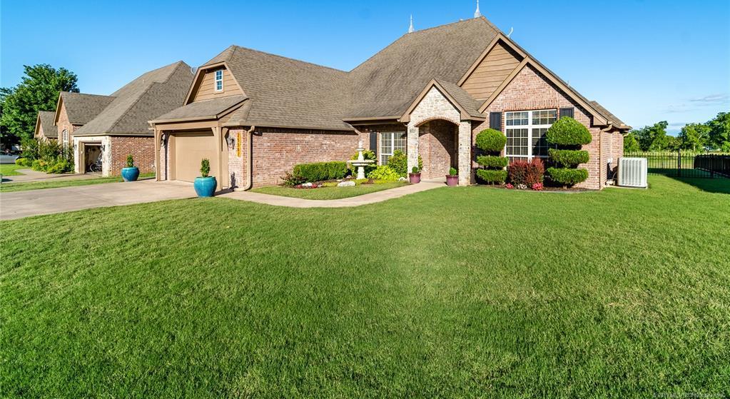 Homes for sale in Verdigris | 25567 Blackberry Boulevard Claremore, Oklahoma 74019 0