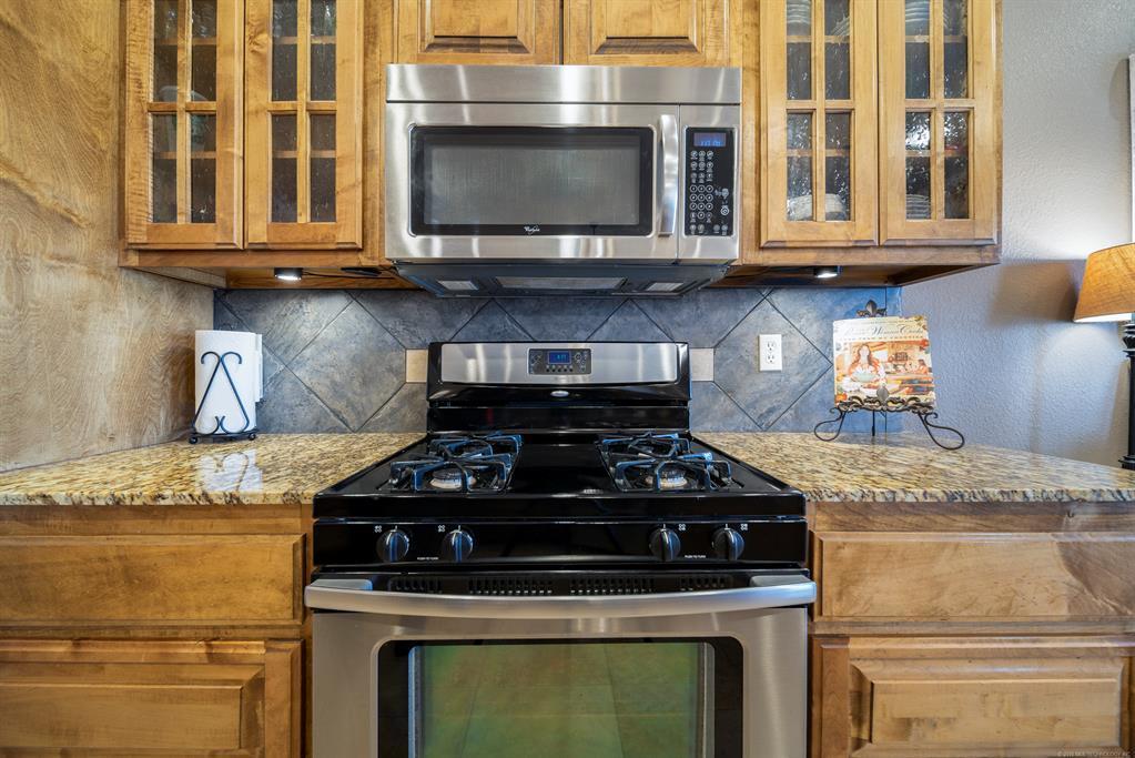 Homes for sale in Verdigris | 25567 Blackberry Boulevard Claremore, Oklahoma 74019 6