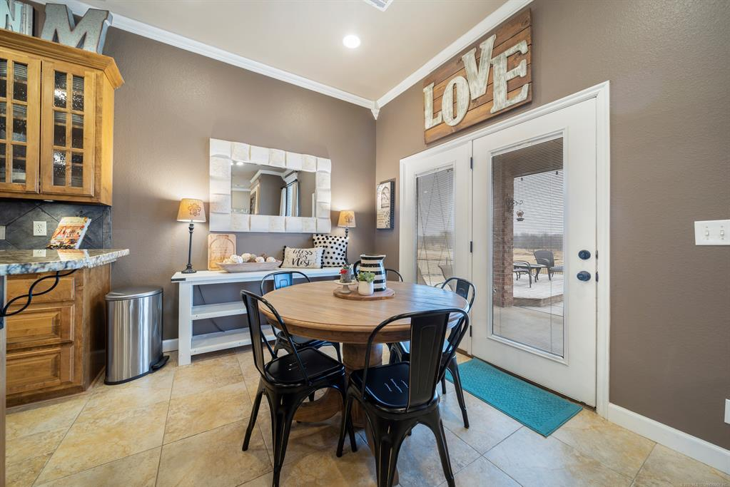 Homes for sale in Verdigris | 25567 Blackberry Boulevard Claremore, Oklahoma 74019 8