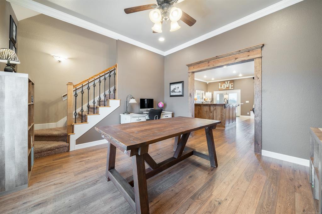 Homes for sale in Verdigris | 25567 Blackberry Boulevard Claremore, Oklahoma 74019 10