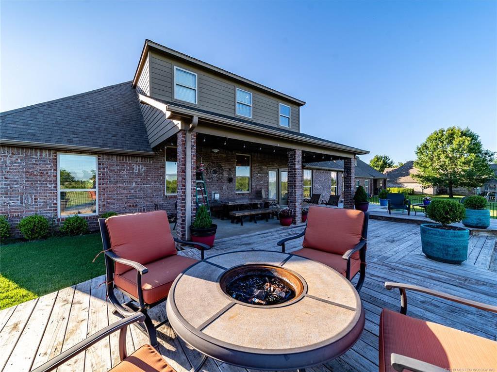 Homes for sale in Verdigris | 25567 Blackberry Boulevard Claremore, Oklahoma 74019 23