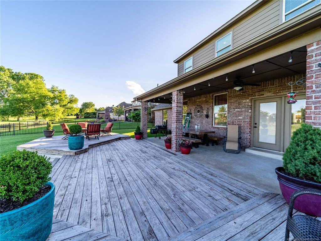 Homes for sale in Verdigris | 25567 Blackberry Boulevard Claremore, Oklahoma 74019 24