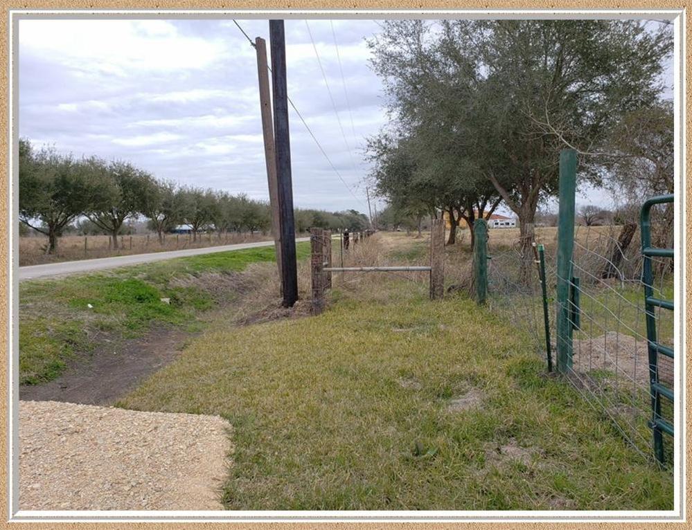 Pending | 145 Adams Road Bay City, TX 77414 5