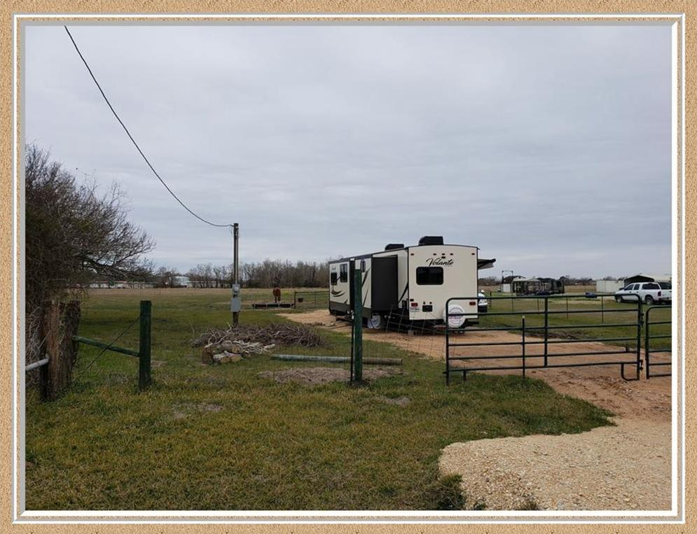 Pending | 145 Adams Road Bay City, TX 77414 9