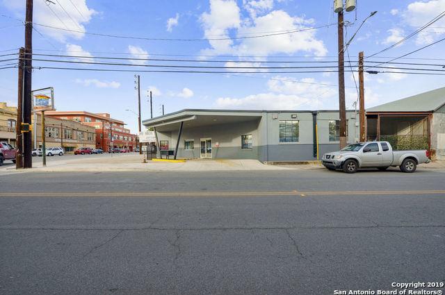 Active   1430 S Flores St  #A San Antonio, TX 78204 23