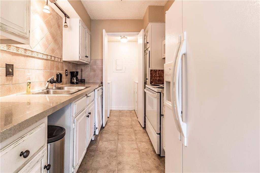 Sold Property   8550 Fair Oaks Crossing #212 Dallas, Texas 75243 8