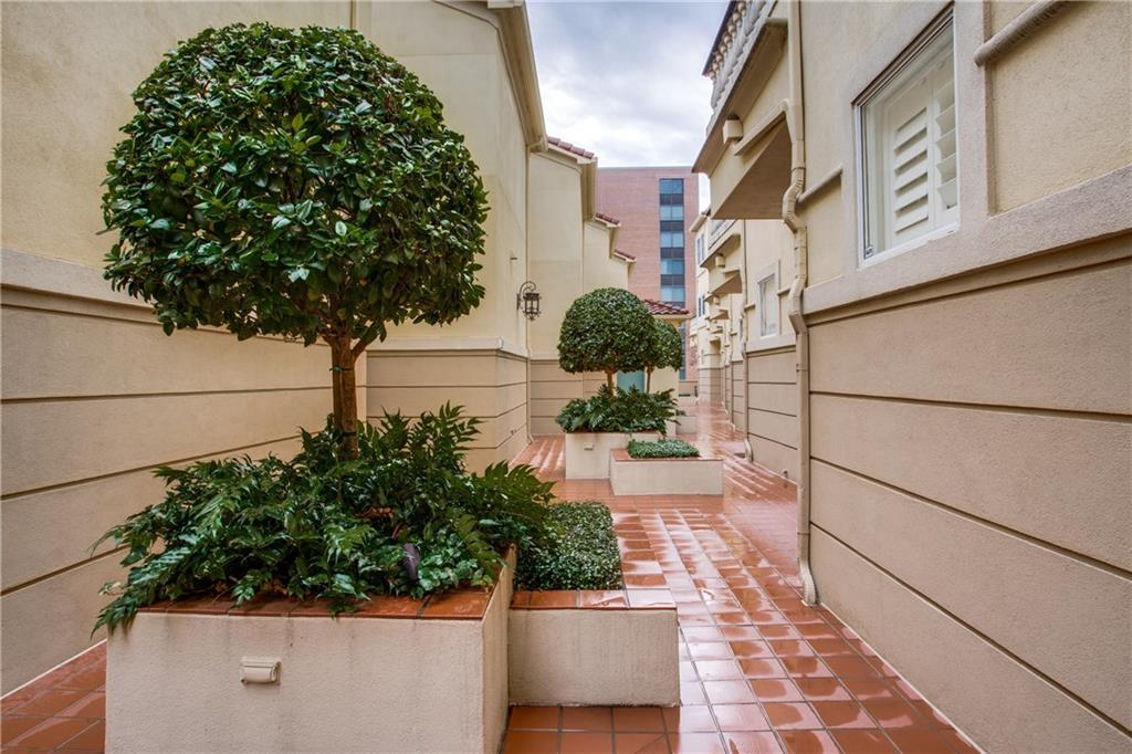 Sold Property | 3707 Gilbert Avenue #15 Dallas, Texas 75219 0
