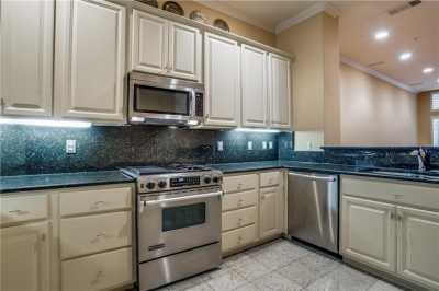 Sold Property | 3707 Gilbert Avenue #15 Dallas, Texas 75219 8