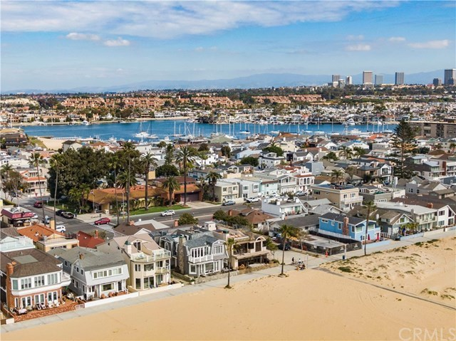 Closed | 506 W Oceanfront Newport Beach, CA 92661 40