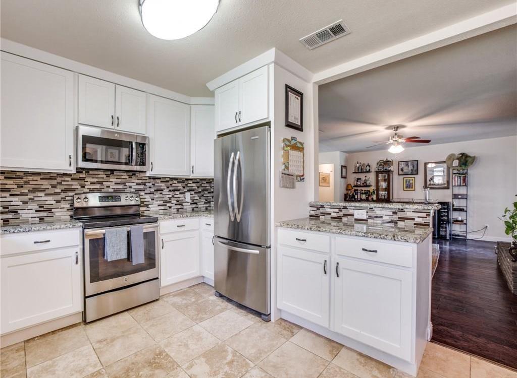 Sold Property | 10021 Dale Crest Drive Dallas, Texas 75229 3