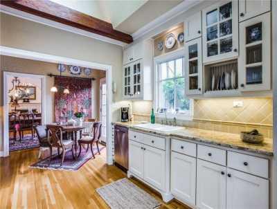 Sold Property | 6415 Lakeshore Drive Dallas, Texas 75214 10