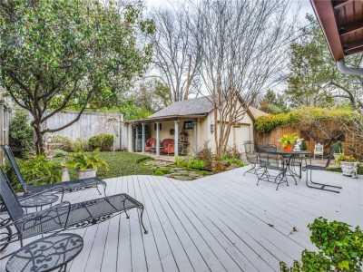 Sold Property | 6415 Lakeshore Drive Dallas, Texas 75214 21