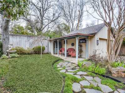 Sold Property | 6415 Lakeshore Drive Dallas, Texas 75214 22