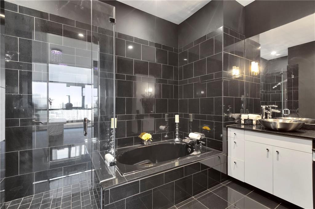 Sold Property | 555 E 5th Street #2722 Austin, TX 78701 21