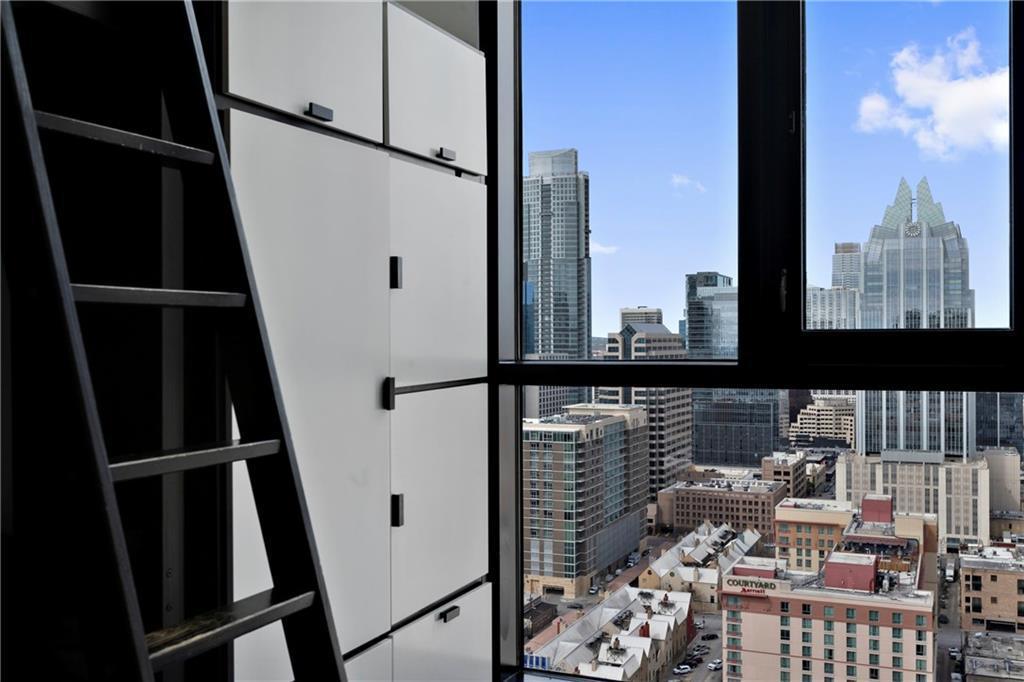 Sold Property | 555 E 5th Street #2722 Austin, TX 78701 27