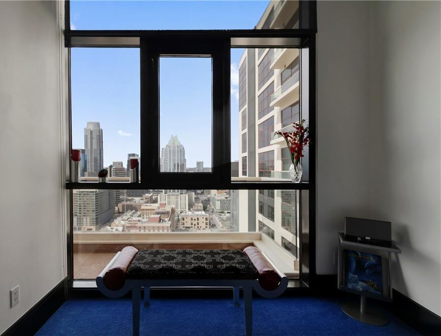 Sold Property | 555 E 5th Street #2722 Austin, TX 78701 31