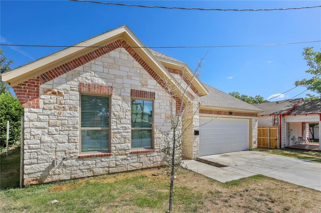 Pending | 4304 Spring Avenue Dallas, TX 75210 3