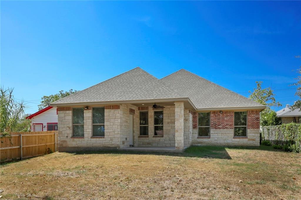 Pending | 4304 Spring Avenue Dallas, TX 75210 34