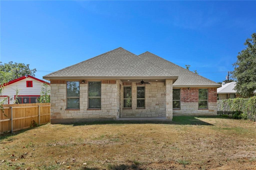 Pending | 4304 Spring Avenue Dallas, TX 75210 35