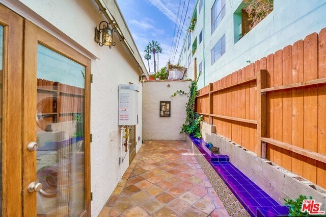 Closed | 8827 BETTY  Way West Hollywood, CA 90069 44