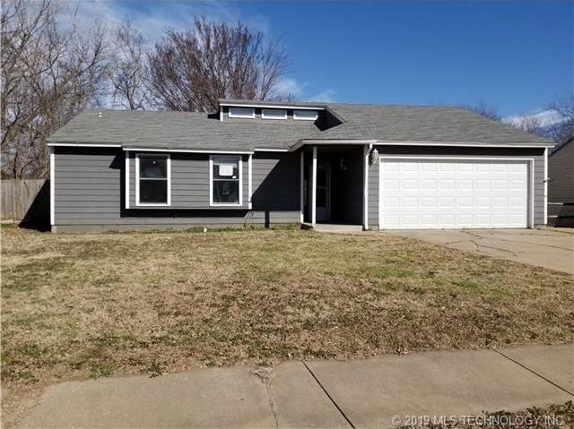 Off Market   1409 N NARCISSUS Avenue Broken Arrow, Oklahoma 74012 0