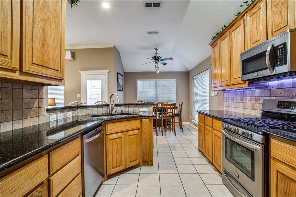 Sold Property | 604 Elm Street Pilot Point, Texas 76258 3