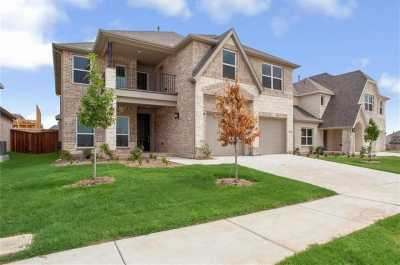 Homes for sale in Little Elm  | 1116 Nannyberry Drive 2