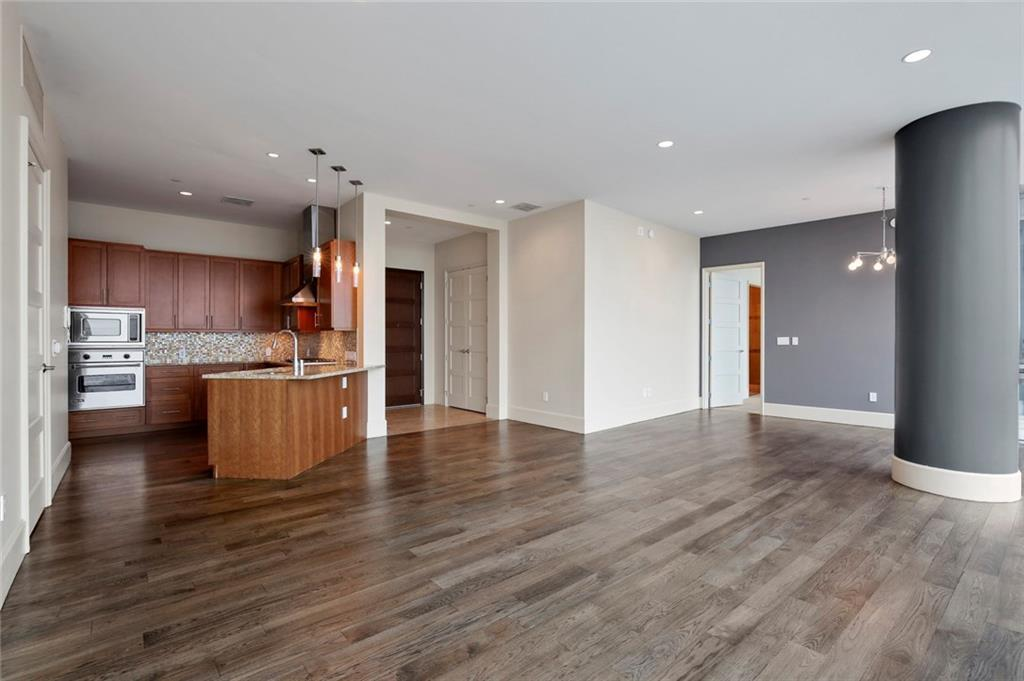 Active Kick Out | 1301 Throckmorton Street #2705 Fort Worth, TX 76102 11