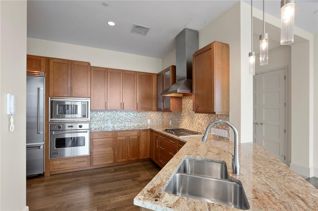 Active Kick Out | 1301 Throckmorton Street #2705 Fort Worth, TX 76102 15