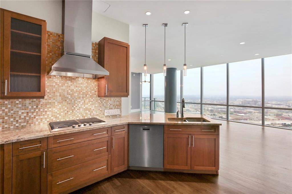 Active Kick Out | 1301 Throckmorton Street #2705 Fort Worth, TX 76102 17