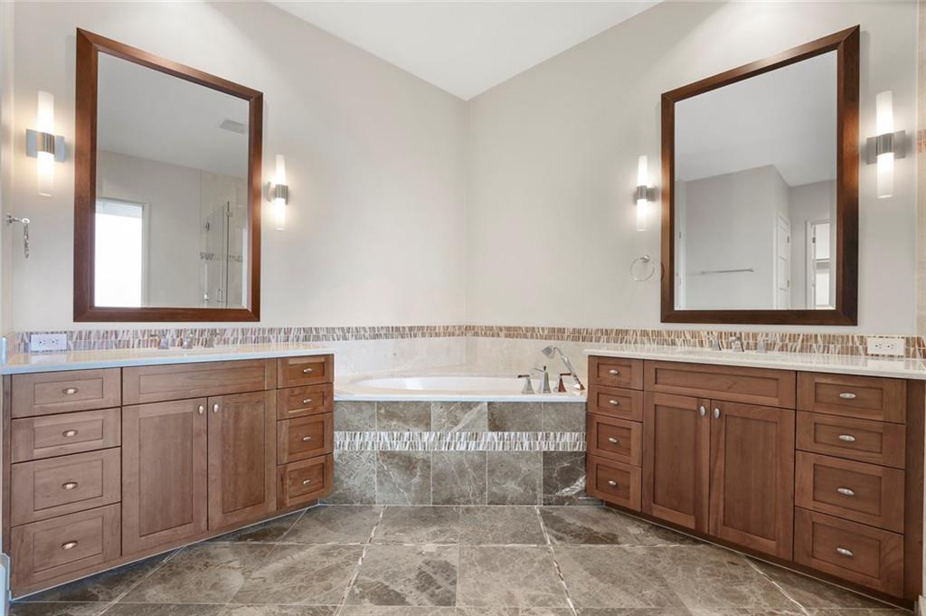 Sold Property   1301 Throckmorton Street #2705 Fort Worth, TX 76102 22