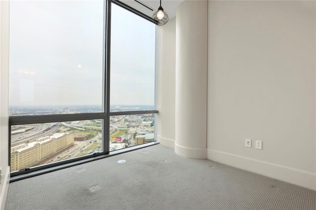 Active Kick Out | 1301 Throckmorton Street #2705 Fort Worth, TX 76102 27