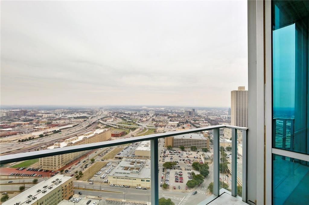 Active Kick Out | 1301 Throckmorton Street #2705 Fort Worth, TX 76102 28