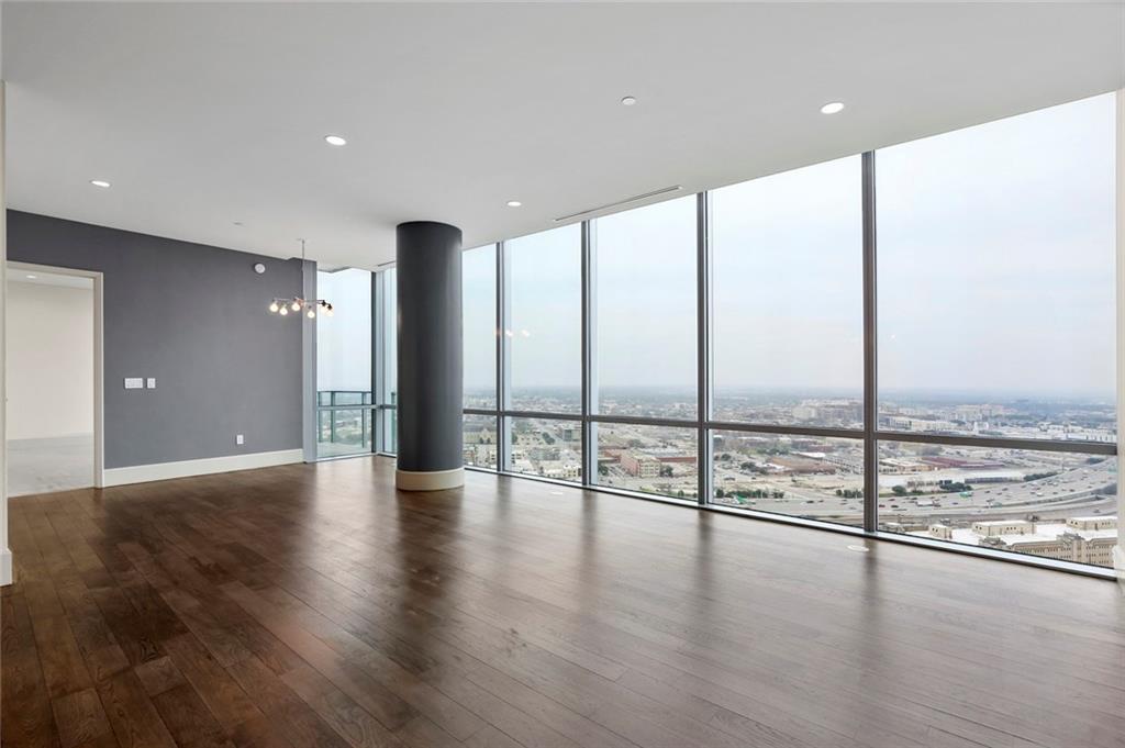 Sold Property   1301 Throckmorton Street #2705 Fort Worth, TX 76102 3