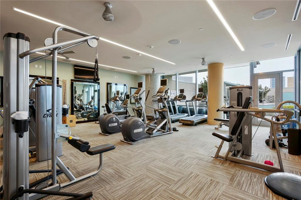 Active Kick Out | 1301 Throckmorton Street #2705 Fort Worth, TX 76102 32