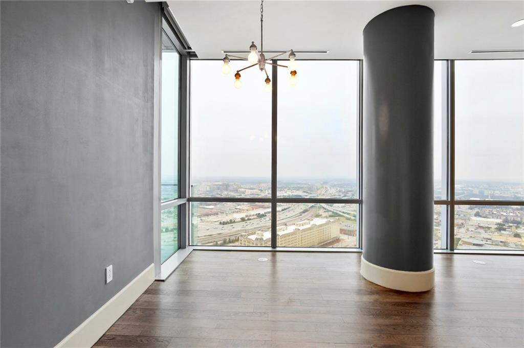 Active Kick Out | 1301 Throckmorton Street #2705 Fort Worth, TX 76102 6